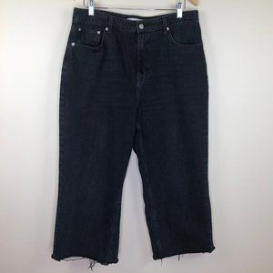 Topshop MOTO Black Cropped Mom Jeans w/ Raw Hem